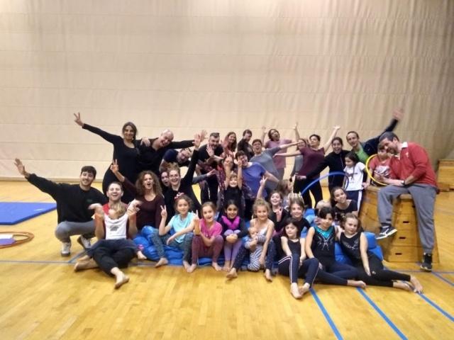 Galeria: Sessió Oberta de l'Escola de Circ Nadal 2019